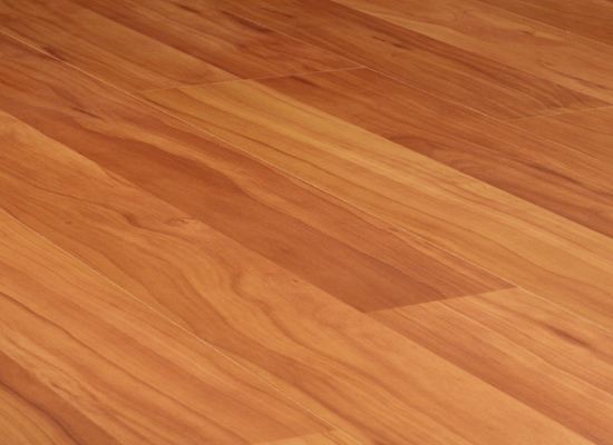Parquet laminato in plance 12 mm posa for Ciliegio prezzo